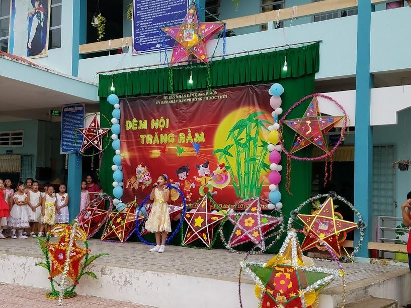 Tổ chức vui tết trung thu năm 2017 cho học sinh trường tiểu